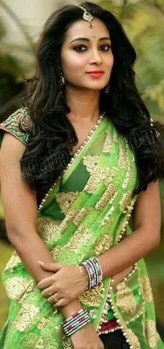 Beautiful Girl Photo, Beautiful Girl Indian, Beautiful Saree, Beautiful Indian Actress, Beauty Full Girl, Beauty Women, India Beauty, Asian Beauty, 10 Most Beautiful Women