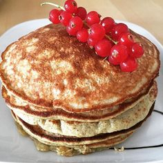 Lots of pancakes on Sunday  I had three of those with lots of raspberries and blueberries. All paleo friendly and 9 points with WW #paleo #paleo360 #paleo360 #paleopancakes #yummy #foodheaven #fruitlover  #weightwatchers #weightwatchersdeutschland  #ww2015 #wwonline #wwmädels#wwgirls #abnehmen2015 #abnehmtagebuch  #fooddiary #weightlossjourney #cleaneating #lowcarb by healthierwife