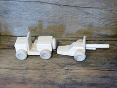 Handmade wood toy jeep with artillery cannon WW2 by OutOnALimbADK