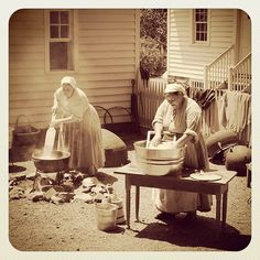 Laundry day at the AHC's Smith Family Farm by Atlanta History Center. I think I'll go kiss my washer and dryer. Vintage Pictures, Old Pictures, Vintage Images, Old Photos, Time Pictures, Vintage Laundry, Le Far West, The Good Old Days, Vintage Photographs