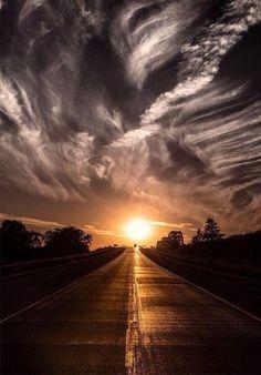 Towards to  sunset.. pic.twitter.com/jVlbCjKCwn