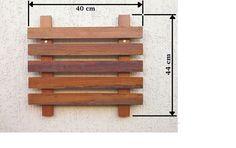 Nosso painel modular para jardim vertical inclui: - 1 Painel em madeira tratada com stain hidrorepelente, com ação fungicida e inseticida. Medidas: 44cm x 40cm. - Parafusos e buchas para fixação. É só soltar a imaginação, escolher a planta de sua preferência (nosso biólogo te ajuda com isso)...