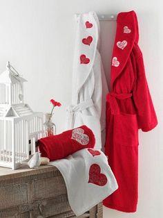 Glitter Fashion, Wedding Set Up, Bridal Robes, Fashion Bags, Womens Fashion, Girly Girl, Couture, Nightwear, Pajama Set