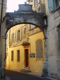 Entryway, Arles France - Amy Barnett photo