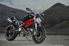 Ducati Monster 796 2010 (1)