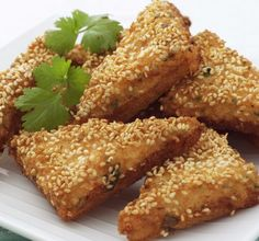 This recipe can serve as a terrific appetizer for a casual dinner for family or friends. Sesame shrimp toast is a great Asian starter that all of your guests will find flavorful and creative. Fish Recipes, Seafood Recipes, Asian Recipes, Appetizer Recipes, Cooking Recipes, Oriental Recipes, Prawn Recipes, Oriental Food, Snacks Recipes