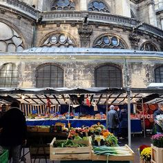 One of our favorite little afternoon markets, in #paris.  It happens to be located in the same area as the most historical and famous markets in all of France. Any idea where we are? Marché Saint Eustache! Visit #myparis