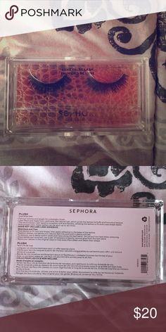 Brand new sephora eyelashes Never opened sephora luxe false lashes! Sephora Makeup False Eyelashes