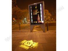 Mobiliario Urbano Espectacular | SP Integrales Exposición de producto en mobiliario urbano. Street Marketing