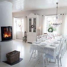Buona sera…  Avete presente le casette dei lego? Ecco la casa di Silje , in Svezia, sembra uscita proprio da Legoland…una meraviglia per ...