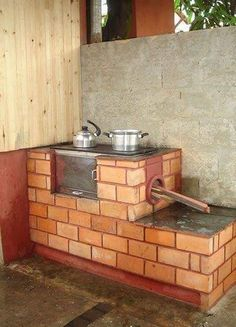 Discover thousands of images about Cuisine au bois - Page 2 Farmhouse Sink Kitchen, Rustic Kitchen, Kitchen Decor, Large Backyard, Fire Pit Backyard, Outdoor Oven, Outdoor Cooking, Backyard Smokers, Brick Bbq