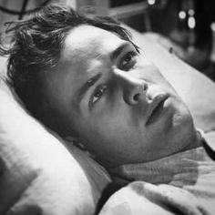 Marlon Brando in his first film, The Men. #tbt #marlonbrando #themen #moldbreaker #hollywoodlegend #hollywoodicon #originalrebel #OG…