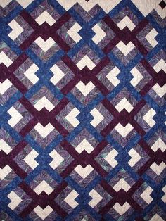 Granville quilt show 2011  ♥ Lover's knot. I did one for Mandy's wedding♥