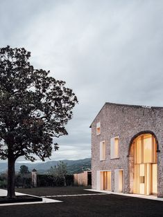studio wok blends history and modernity with a country home in verona
