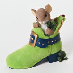 Charming Tails YOU'RE ONE LUCKY SOLE 4025756 St Patrick's Day Mouse Clover New Charming Tails http://www.amazon.com/dp/B00CVGCOWS/ref=cm_sw_r_pi_dp_rktywb1EXYRRZ