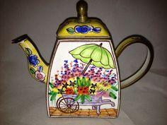 Nivag Collectables: Charlotte di Vita - Floral: Trade Plus Aid Floral Teapot - 1621