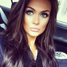 A gorgeous example of contouring. This lovely lady has got it bang on hasn't she?