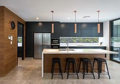 Minimalist Kitchen Design and Style, Contemporary Kitchen Designs 2018 What for Dummies - kindledecor Kitchen Bar Design, Home Decor Kitchen, New Kitchen, Interior Design Living Room, Home Kitchens, Kitchen Bars, Kitchen Designs, Residential Building Design, Contemporary Kitchen Design
