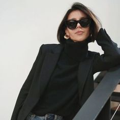 turtleneck and blazer Outfit Essentials, Punk Outfits, Casual Outfits, Fashion Outfits, Black Women Fashion, Look Fashion, Womens Fashion, Fashion Fall, Fashion Trends