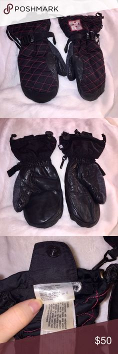 BURTON LEATHER SNOWBOARD SKI GLOVES IN MITTENS ❤️ Leather on the outside, warm and fuzzy on the inside ❤️ these are gloves on the inside and mittens on the outside ❤️Adjustable strap to tighten around your wrist  ❤️ Features string to tie to your jacket when not in use  ❤️Excellent condition ❤️Same day shipping  ❤️15% off for 2 items or more bundle ❤️MAKE ME AN OFFER Burton Accessories Gloves & Mittens