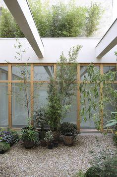 Guillaume Terve: Paris loft instead of warehouse - . Guillaume Terve: Paris loft instead of warehouse - Interior + DesignGardenas Nice tuinhuis cm met uitbreiding hout