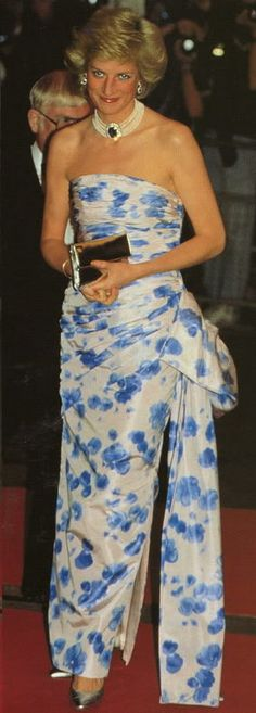 Diana Princess of Wales In Catherine Walker gown
