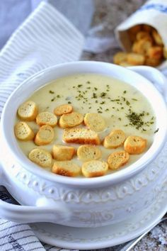 Tyrolean Potato Soup - We cooked it Soup Recipes, Cooking Recipes, Good Food, Yummy Food, Hungarian Recipes, Sweet And Salty, No Cook Meals, Food Porn, Food And Drink