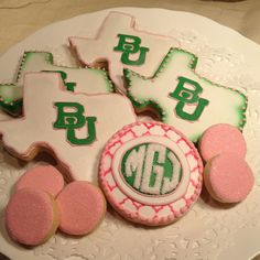 Baylor University Graduation Cookies // Would love this for a high school or college graduation party!