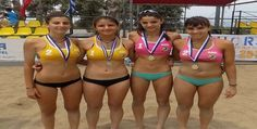 Η αθλήτρια του Γ.Σ. Χαλανδρίου Ηλέκτρα Αγριόδημου (2000) κάνει περήφανο     το Χαλάνδρι για ακόμα μια φορά. Εδώ και ενάμιση μήνα περίπου έχει     ξεκινήσει προπονήσεις στο beach volley όπου συμμετέχει τόσο στην κατηγο Beach Volley, Bikinis, Swimwear, Fashion, Bathing Suits, Moda, Swimsuits, Fashion Styles, Bikini