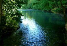 Az ország északi csücskében, Miskolctól körülbelül 65 kilométerre, az Aggteleki Nemzeti Park terület...
