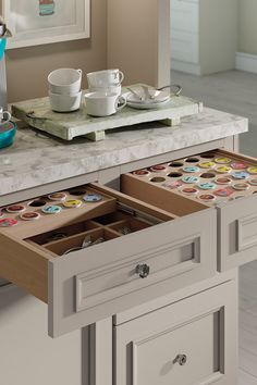 It's no surprise the Decora K-Cup storage drawer made @housebeautiful's list of the 15 dreamiest drawers everyone needs in their home. By keeping coffee pods out-of-sight but within easy reach, the organizer saves time and much-needed energy on even the busiest morning.