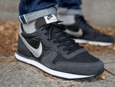 Nike Internationalist 'Black/Metallic Silver/Dark Ash'