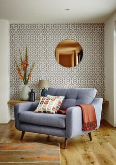 Round Copper Wall Mirror and Wallpaper Combination Modern Living Room. Round Copper Wall Mirror and Wallpaper Combination Modern Living Room. Mid Century Modern Living Room, Mid Century Modern Design, Living Room Modern, Home Living Room, Living Room Designs, Modern Living Room Wallpaper, Small Living, Living Area, Copper Living Room