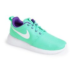Nike \u0026#39;Roshe Run\u0026#39; Sneaker ($75) found on Polyvore featuring shoes, sneakers