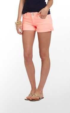 DYING for these shorts.