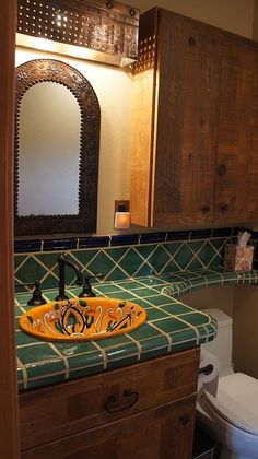 Like the faucet, mirror, light, style of drawer pull, and color of tile. Mexican Style Homes, Mexican Home Decor, Spanish Style Homes, Spanish Style Bathrooms, Spanish Bathroom, Rustic Bathroom Designs, Bathroom Interior Design, Bad Styling, Shower Remodel