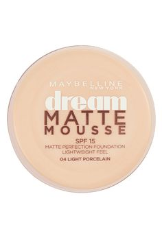 Looking for a foundation that stays matte? Discover Maybelline Dream Matte Mousse foundation in 13 dreamy shades - Ideal for  oily skin.