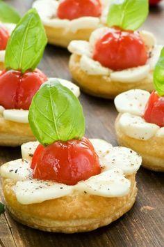 Super Fast Recipes: Healthy Mozzarella Caprise Tartlets