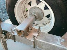 Hub and wheel bearing assembly on boat trailer Welding Trailer, Trailer Axles, Atv Trailers, Custom Trailers, Car Trailer, Utility Trailer, Teardrop Trailer, Trailer Plans, Trailer Build