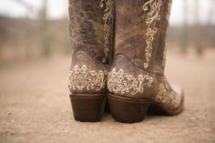 10 Gorgeous Embroidered Boots