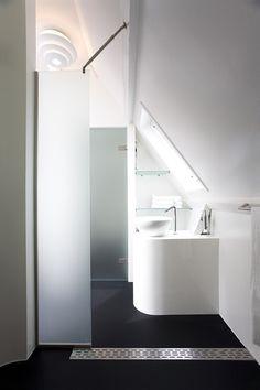 Maff Apartment by Queeste Architecten
