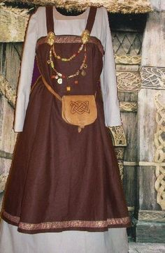 Norse Viking SCA Garb Medieval Costume Apron Kirtle Choc Linen Ivory Cotton L XL #CamelotsCloset #NorseHistoricalMedievalEnsemble