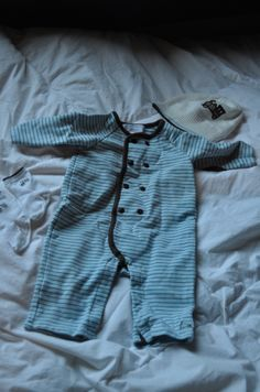 Outfit, hat and sock in great condition