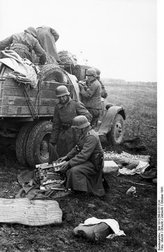 1941 Russia . German soldier`s with abandonned good`ś