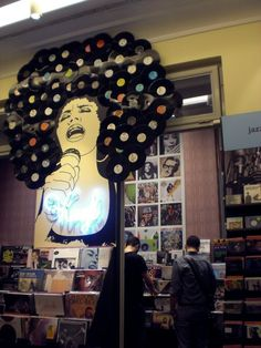Wall art created with LPs in the Funk section of a record store. Vinyl Record Crafts, Vinyl Art, Vinyl Records, Lp Regal, Record Wall Art, Deco Luminaire, Vinyl Junkies, Art Music, Audiophile