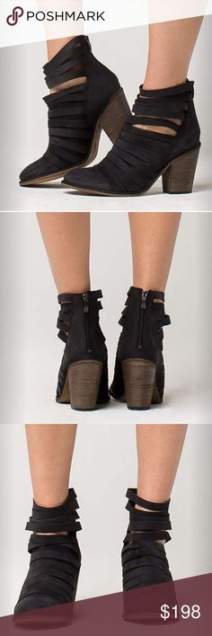 Free People Hybrid Heel Boots ‼️NEVER WORN‼️Euro 40 runs small. Perfect for 8 1/2. Crafted from leather in a stylish, contemporary design, these comfortable boots are sure to step up your shoe collection! Wear them with dresses or skinny jeans and your favorite tops for a variety of casual-cool looks you'll love to show off. 1-in. platform, 4-in. heel, 4-in. shaft. Box not included. Free People Shoes Ankle Boots & Booties