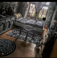 Gothic Room, Gothic House, Room Ideas Bedroom, Room Decor, Goth Home Decor, Aesthetic Bedroom, Home Projects, Room Inspiration, Living Spaces