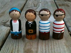 Pirate Peg People Set