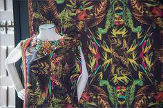 """""""Sou do Mundo, Sou Minas Gerais"""" - PRINT DESIGN: Costanza Pascolato e Daniel Moraes- HAND EMBROIDERY: Printing"""