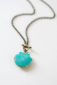 Mermaids Locket Shell Locket Necklace. Gold Brass by LeChaim https://www.etsy.com/shop/LeChaim